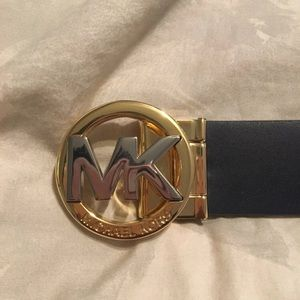 Women's Michael kors belt